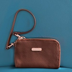 Baggallini Wristlet Pebbled Brown Leather ZipTop